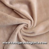 Tela Minky lisa color beige especial peluches ancho 150 cm.